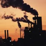 Kraftwerk rauchende Schlote